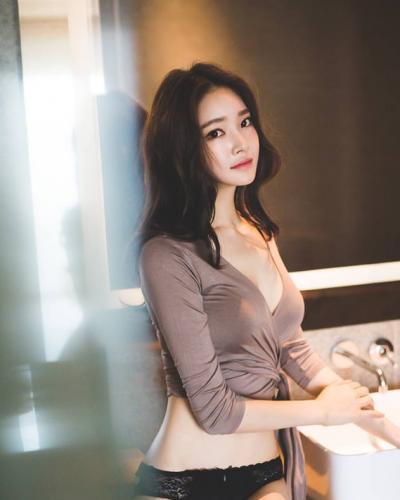 Joeng Yun นางแบบเกาหลีหน้าสวย หุ่นดี๊ดี!!